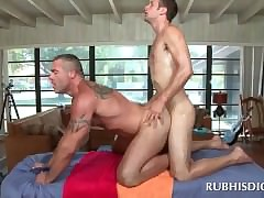 Bared blissful masseur gets..