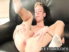 Frying twink rubbing his..